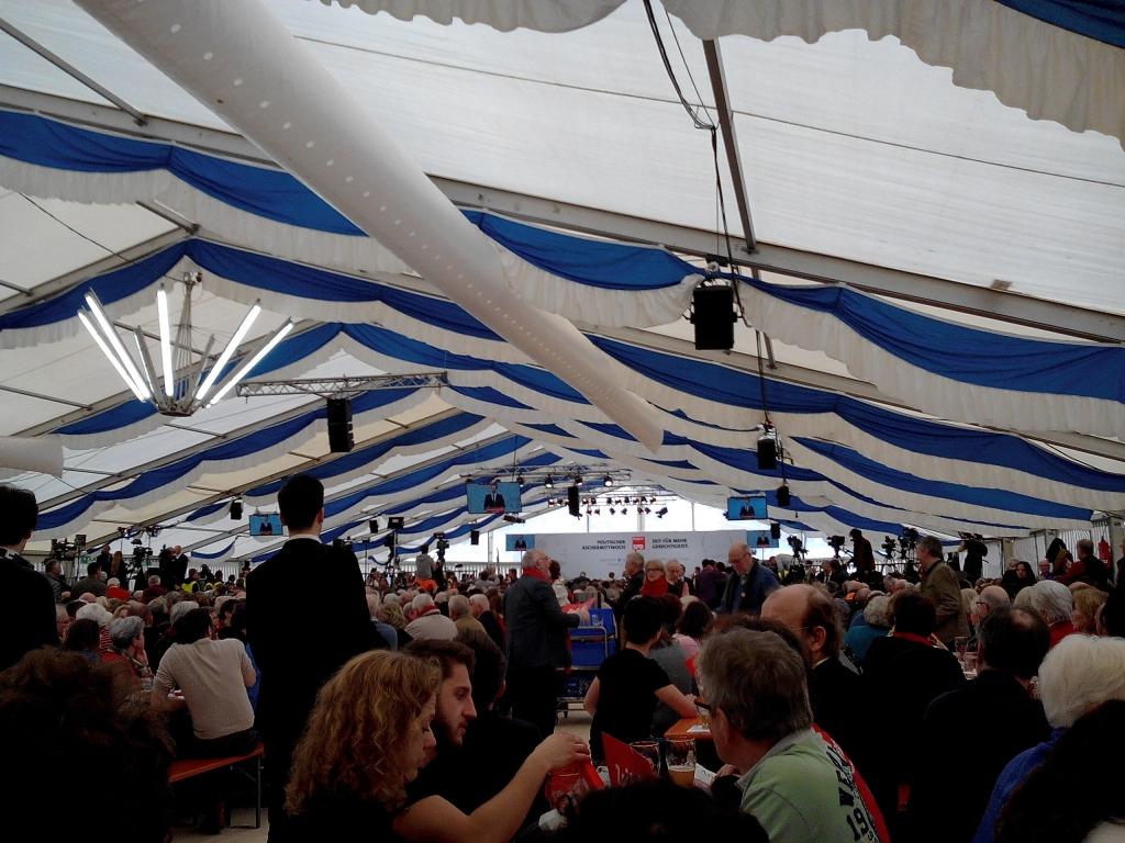 Riesiges Festzelt Vilshofen